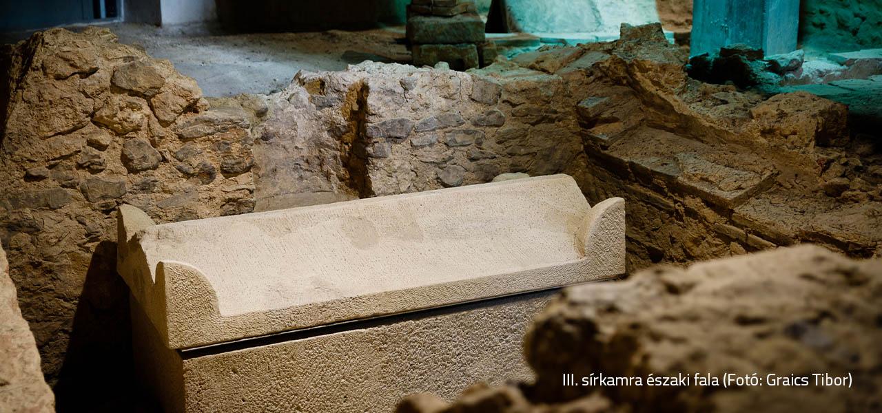 III. sírkamra északi fala_Graics Tibor-web